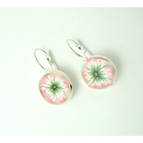 Boucles d'oreille fleurs roses et vertes