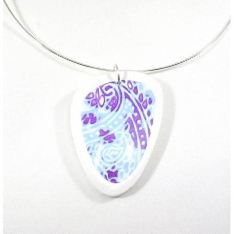 Collier motif indien bleu et violet