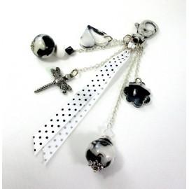 Bijou de sac noir et blanc ruban à pois